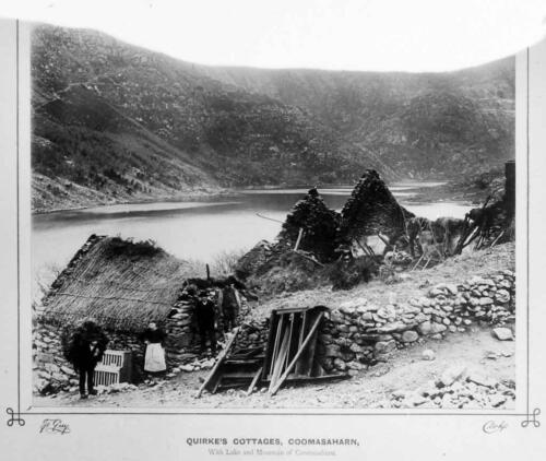 quirkes-cottages-coomasaharn-with-lake-and-mountain-of-coomasaharn